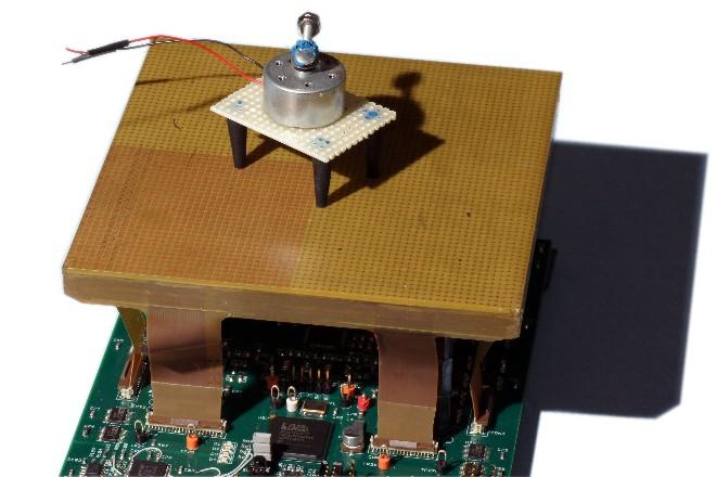 Actometer under test with a mouse simulator